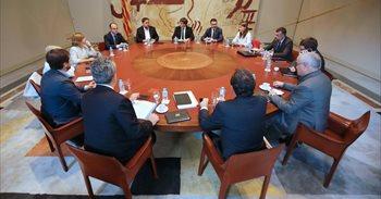 """Puigdemont: el Estado suspende el autogobierno y aplica el estado de excepción """"de facto"""""""