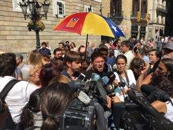Fachin lamenta el que veu un atemptat a les institucions catalanes amb