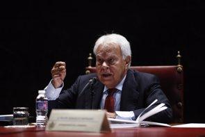 """Felipe González pide a todos defender la universalidad del SNS porque este tema sí afecta a la """"totalidad"""" de España (EUROPA PRESS)"""