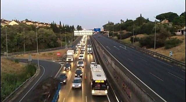 Imagen del carril BUS-VAO de la A-49 hasta Sevilla