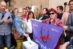 Més de 1.000 persones a la plaça Paeria de Lleida per protestar contra l'operació policial i judicial a Catalunya (ACN)