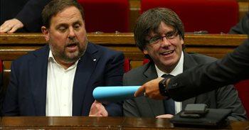 Oriol Junqueras acude a la Conselleria de Economía mientras sigue el registro