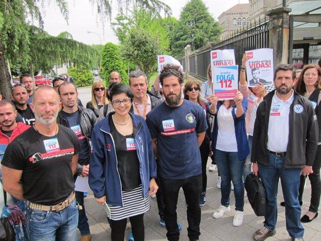 Protesta de trabajadores del 112 y colectivos que apoyan sus demandas