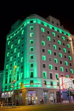 Edificios De Madrid Se Iluminan De Verde En Apoyo Al Movimiento #Verdeconstancia