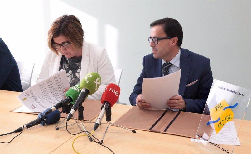 Las dos diputaciones extremeñas y Felcode firman el convenio 2017 para cooperación al desarrollo de ámbito internacional