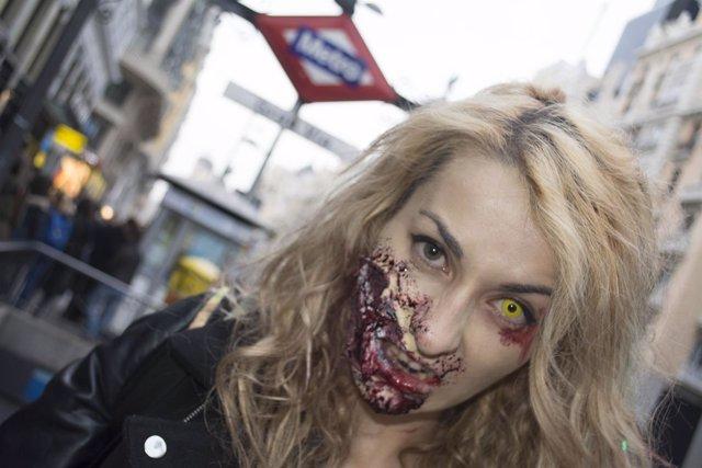 Invasión zombi en Metro