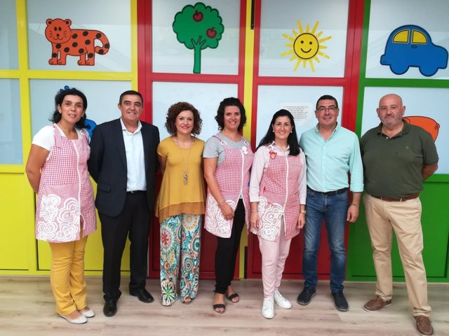 1 Nota Y 1 Foto Junta (Visita Escuela Infantil Calimero San Bartolomé)