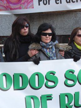 Ruth Ortiz, Madre De Los Niños Desaparecidos Ruth Y José, En La Concentración.