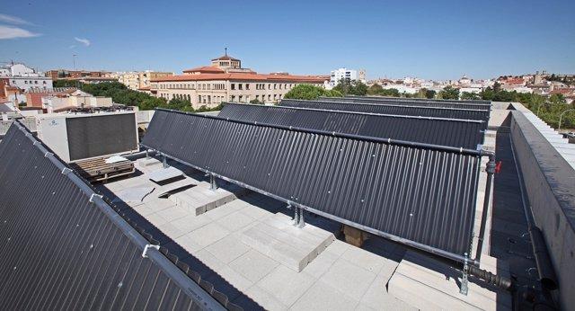 Paneles de energía renovable en la Diputación de Badajoz