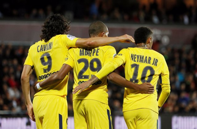 El París Saint-Germain, PSG, con Cavani, Neymar y Mbappé