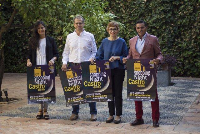 La diputada Marisa Ruz (dcha.), en la presentación del cartel