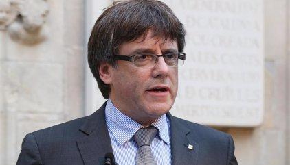"""Puigdemont avisa que Catalunya votará """"guste o no"""" a España"""
