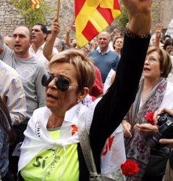 Els alcaldes de Bellpuig i Tàrrega també es neguen a declarar per l'1-O i reben el suport de centenars de persones (ACN)