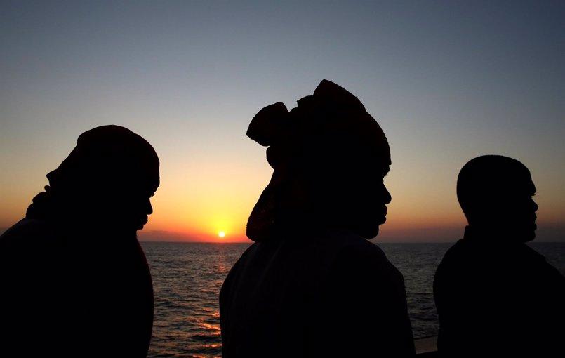 La Marina de Túnez rescata a 78 inmigrantes que llevaban tres días a la deriva frente a sus costas