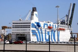 ERC reclama a Ballesteros que es manifesti contra el vaixell que allotja policies al Port de Tarragona (ACN)