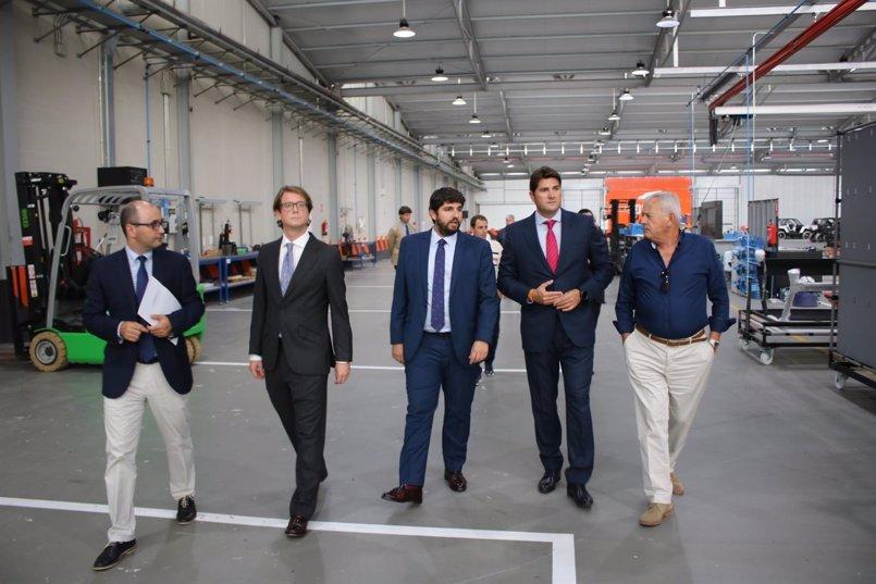 """López Miras: """"La Región es un espacio de libertad económica que este año ha atraído ya 36 proyectos de inversión"""""""
