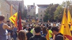 1-O.- Uns 3.000 estudiants es manifesten a Girona per