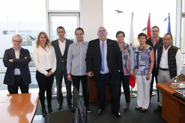 Oria recibe a representantes de las empresas premiadas