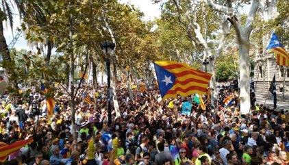El soberanismo desconvoca su movilización ante el TSJC y se vuelve a citar el domingo