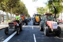 Mobilització pagesa sense precedents a Lleida en defensa de la democràcia i la dignitat del poble català (ACN)