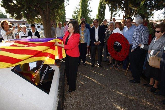 Homenaje a los 120 fusilados en la guerra civil y el franquismo en Luceni.