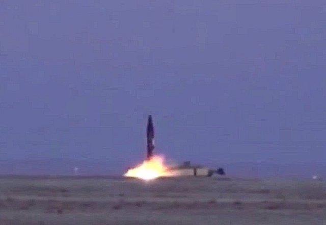 Lanzamiento del misil Khorramshahr (Irán)
