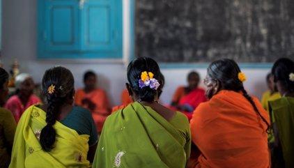 Plantando cara al estigma de ser viuda en India