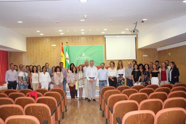 2 Notas Y 2 Fotos Delegación Del Gobierno Huelva