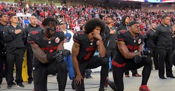 Donald Trump llama a los estadounidenses a que boicoteen la NFL