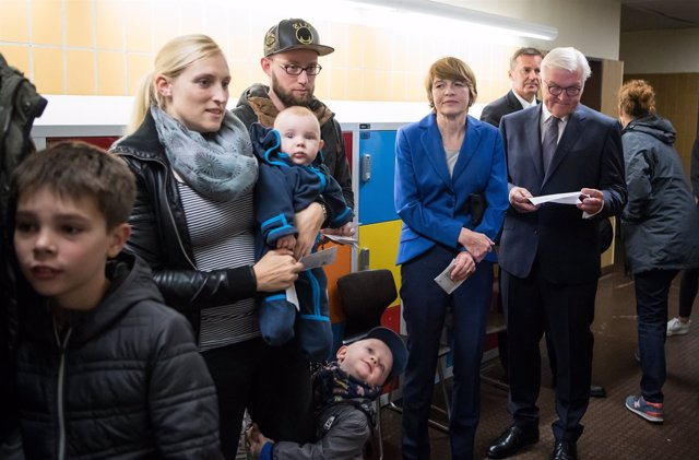 Frank-Walter Steinmeier vota en las legislativas alemanas