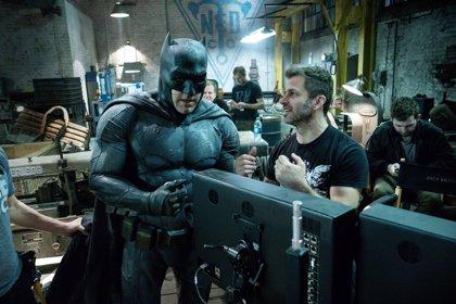 """Zack Snyder corona a Ben Affleck como """"el mejor Batman de todos los tiempos"""""""