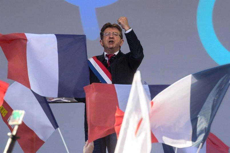 El Gobierno francés afea a Mélenchon que asimilara al Ejecutivo con los nazis