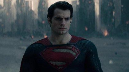 Así celebró Superman el Batman day