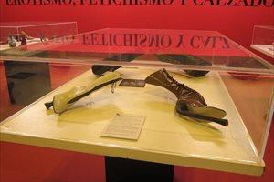 'El calzado fetichista' y la 'Exposición Yute de Caravaca' complementan la actividad comercial de la cuarta edición de M