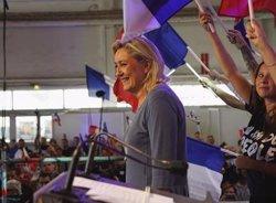 Alemanya.- Le Pen felicita l'AfD pel seu