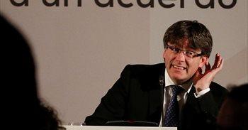 Puigdemont admite que los Mossos tendrán que retirar urnas el 1 de octubre si existe el mandato de un juez