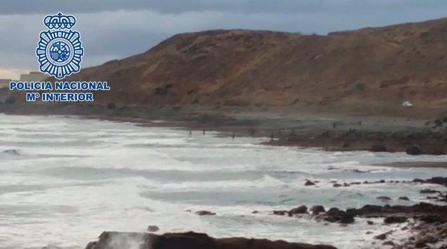 Playa donde se detuvo al hombre