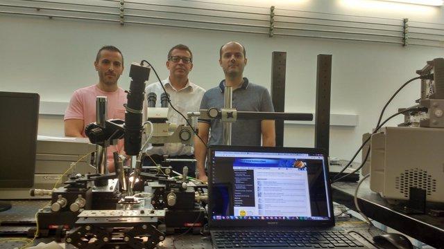 Investigadores de la UPV demuestran las primeras nanoconexiones inalámbricas