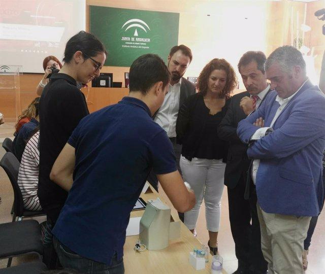 Carnero conoce los proyectos minerva 2017