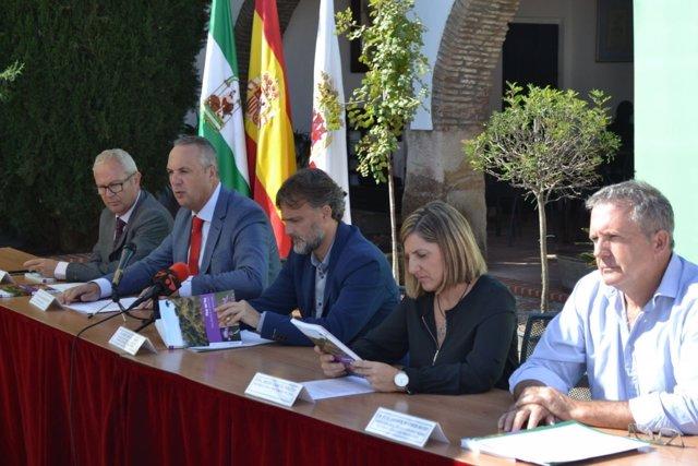Diputación valora la ampliación de Los Alcornocales