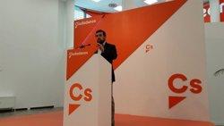 Ciudadanos preguntarà a Zoido com protegeix a policies i guàrdies civils a Catalunya (EUROPA PRESS)