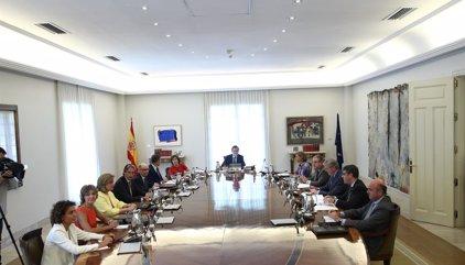 """Gobierno y PSOE despliegan contactos con medios extranjeros para contrarrestar la """"propaganda"""" independentista"""