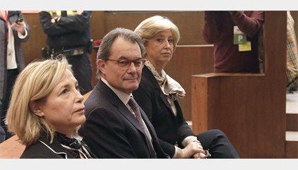 """Artur Mas, Joana Ortega, Irene Rigau y Francesc Homs tachan la decisión del Tribunal de Cuentas de """"aberración"""""""