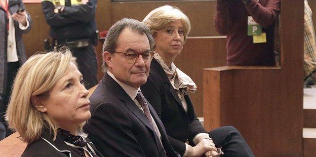 Juicio a Artur Mas, Rigau y Ortega por el 9N