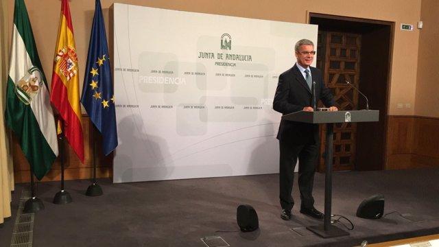 El portavoz del Ejecutivo andaluz, Juan Carlos Blanco,