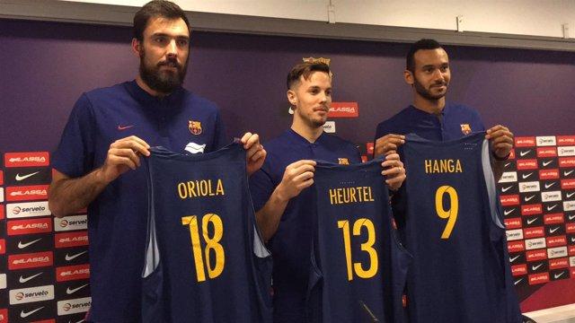 Oriola, Heurtel y Hanga, con sus nuevas camisetas