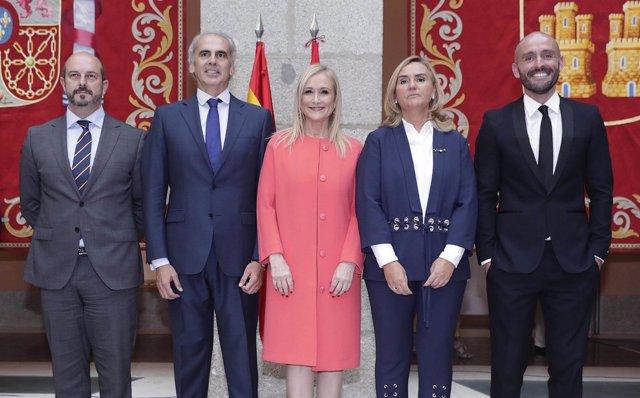 Cifuentes, En La Toma De Posesión De Los Nuevos Consejeros Del Gobierno Regional