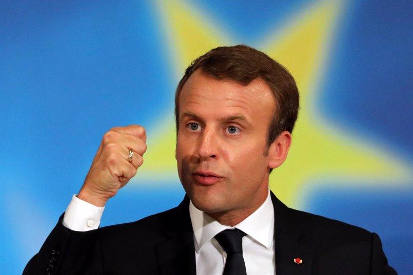 """Macron aboga por """"refundar"""" la UE estrechando lazos a nivel militar, fiscal y migratorio"""