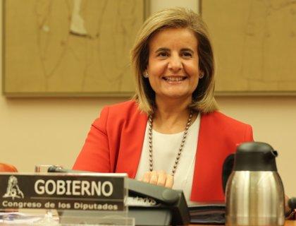 """Báñez dice que la situación del empleo juvenil """"está en la mano de los interlocutores sociales"""""""