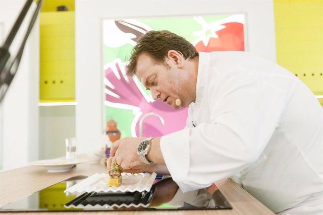 El chef Antonio Carmona ha presentado los productos de 'Sabores Almería'.